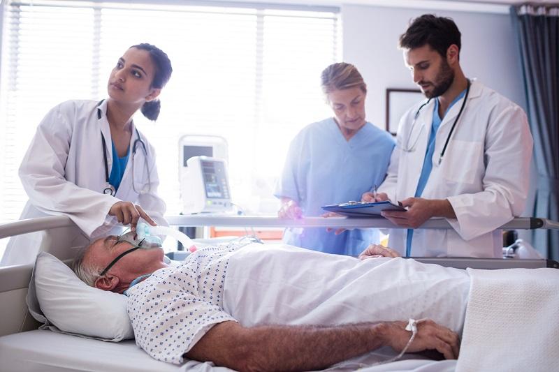 Dobór odpowiedniej bluzy medycznej to podstawa naszej pracy